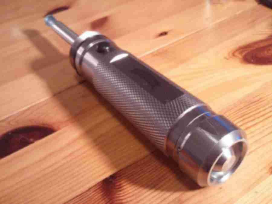 A modified e-cigarette torch